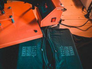 Shirt STONE Handarbeit