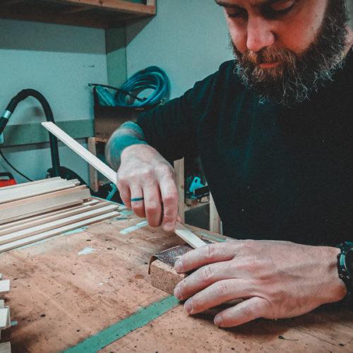 Holzleisten schleifen