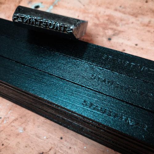 Holz stemplen